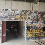 Photo des Eingangs in die Ausstellung